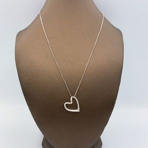 925 Silver Floating Heart Pendant Necklace
